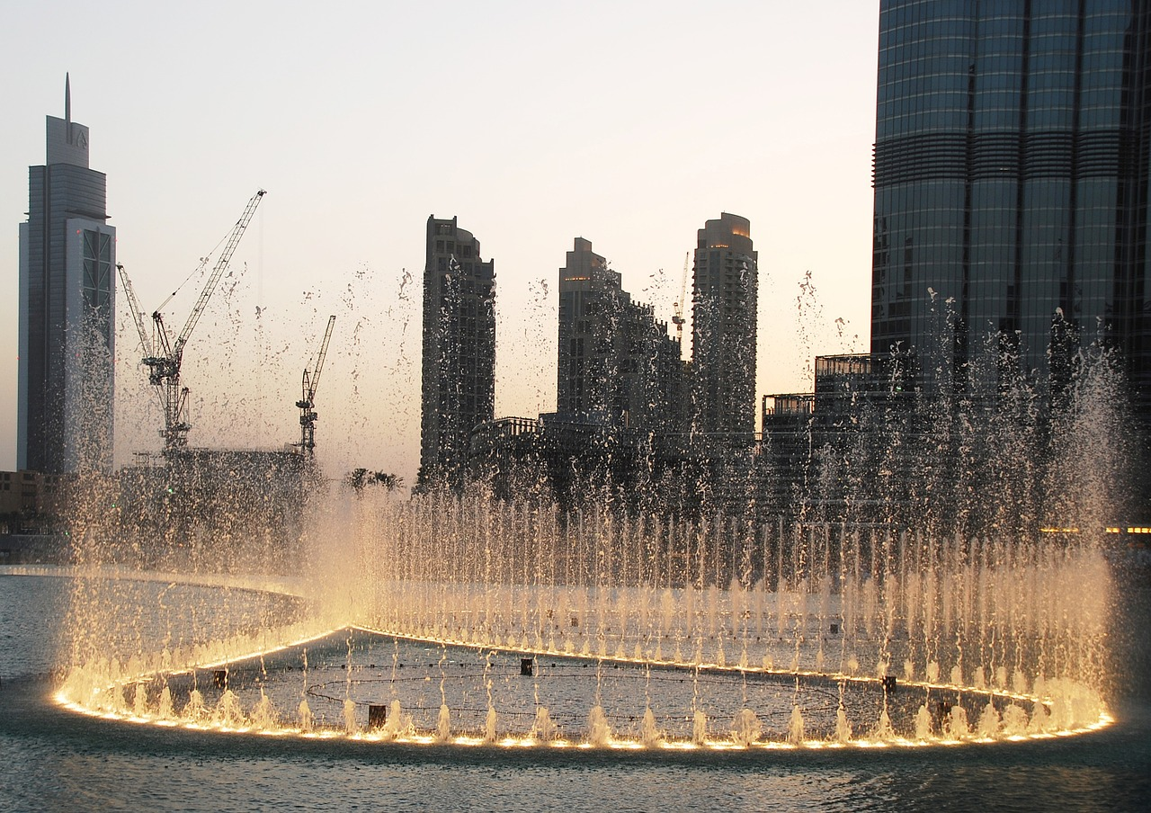Dubai_Fountain_Facts-stats